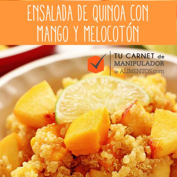 Receta saludable orgánica de Ensalada de Quinoa con mango y melocotón
