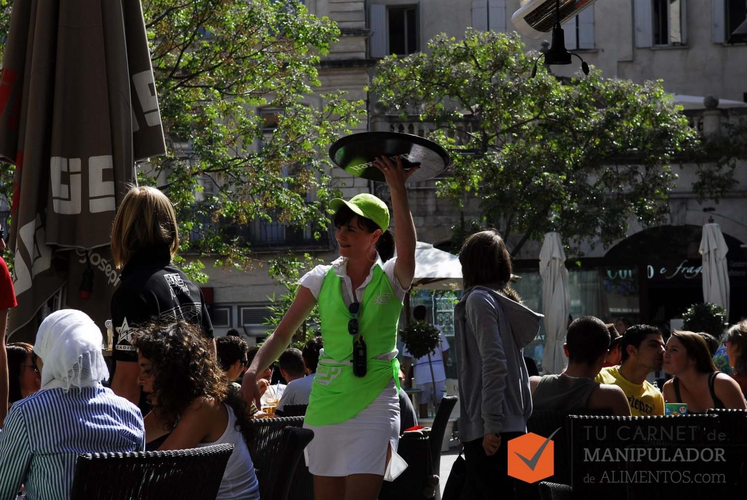 Hostelería y Turismo, sectores que más empleo generan en verano siendo camareros y cocineros los perfiles mas demandados