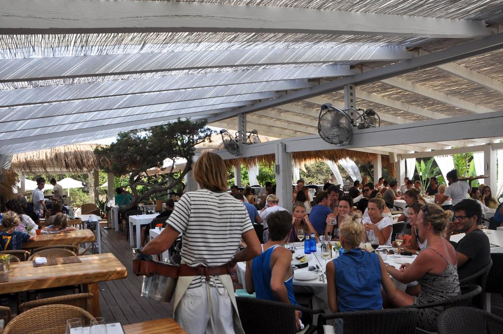 Generación de empleo en Hostelería y Turismo este verano. Recopilación de noticias.
